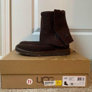 UGG AUSTRALIA Classic Cardy Boot - size 11